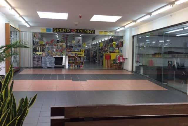 Craigmore Village Shopping Centre, Shop 20-27, 170-190 YORKTOWN ROAD Craigmore SA 5114 - Image 1