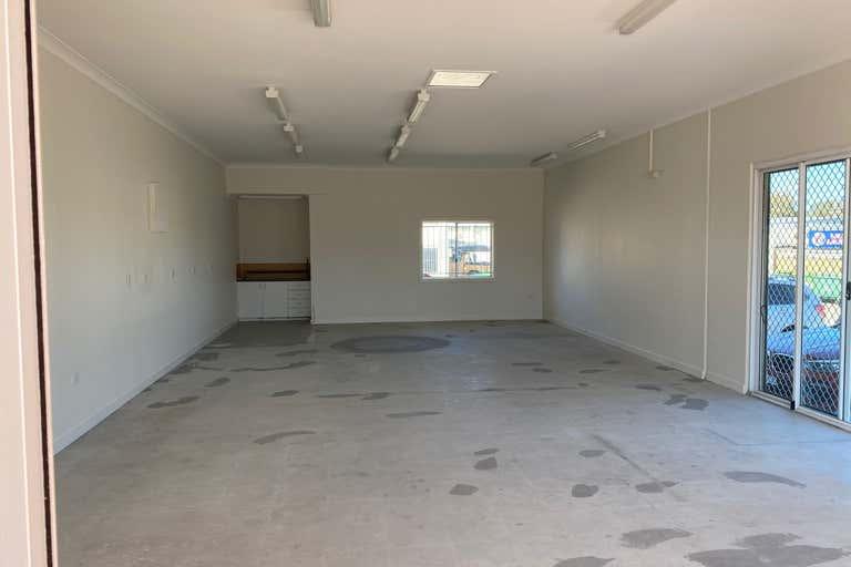 Unit 4, 5-7 Gordon Street Cleveland QLD 4163 - Image 2