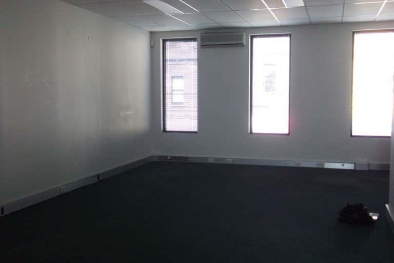 Suite 2,, 75A Chapel St Windsor VIC 3181 - Image 2