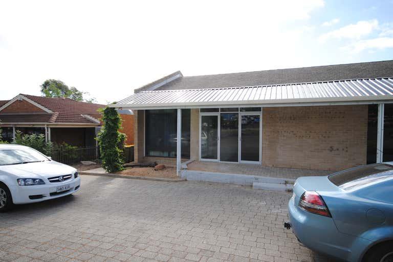 2/3 Wilkinson Road Para Hills SA 5096 - Image 2