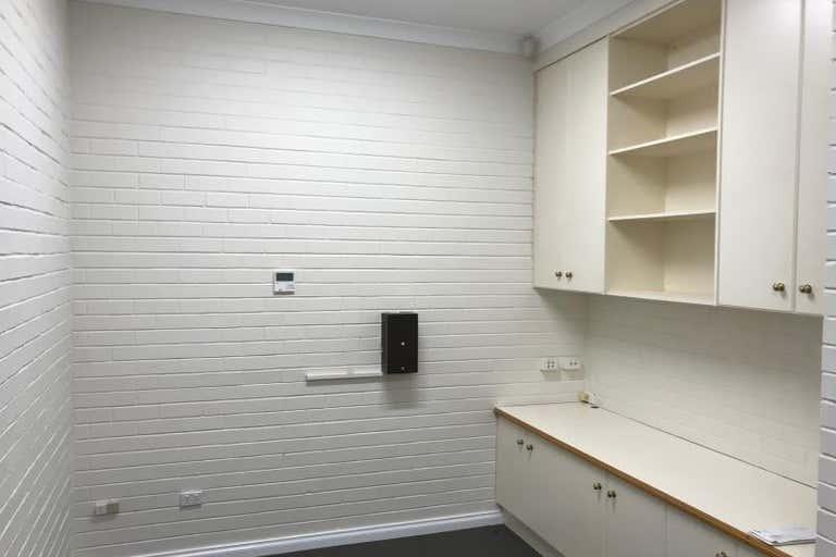 Suite  2, 121 Byng Street Orange NSW 2800 - Image 4
