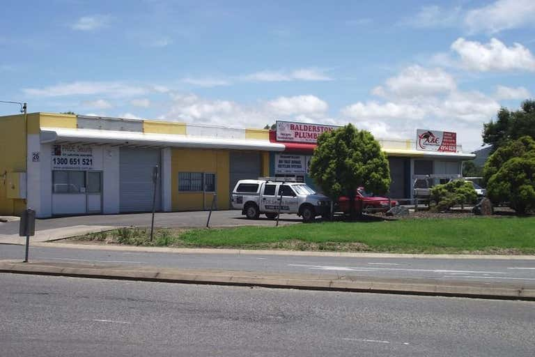 Shop 2, 26 Knight Street Rockhampton City QLD 4700 - Image 1