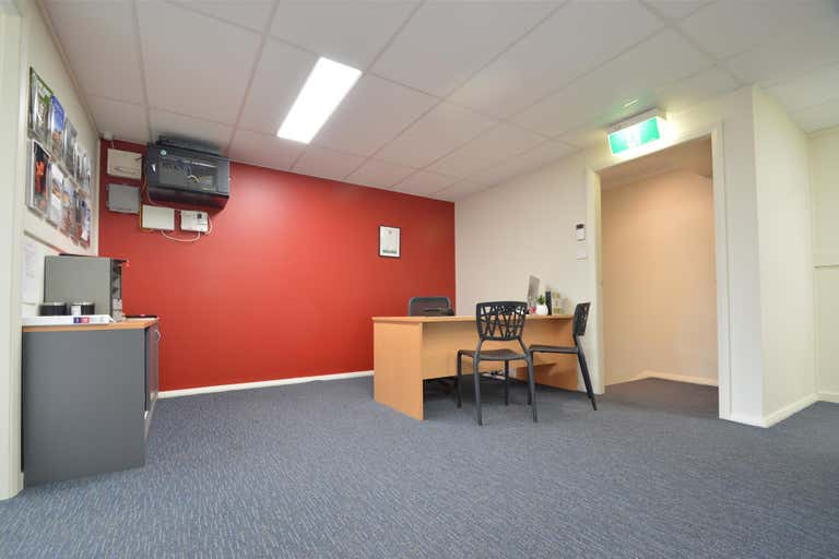 Level 1, 111 Melbourne Street East Maitland NSW 2323 - Image 2