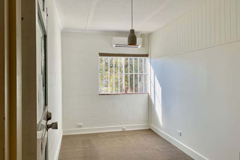 First Floor, 7/13 Grice Avenue Paradise Point QLD 4216 - Image 1
