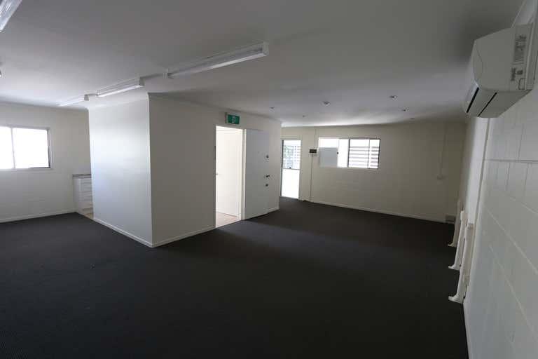 5/26 James Street Burleigh Heads QLD 4220 - Image 3