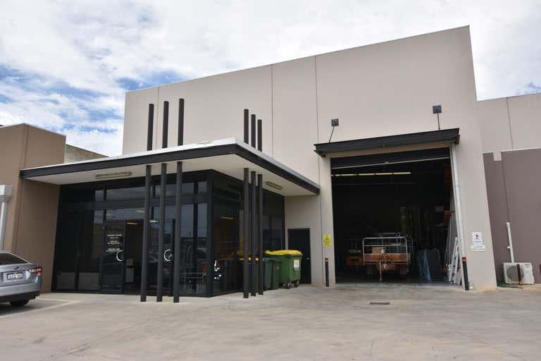 1/5 Geelong Court Bibra Lake WA 6163 - Image 1