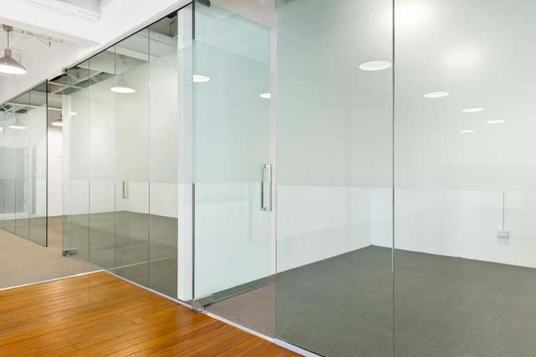 2/104 Commonwealth St Surry Hills NSW 2010 - Image 4