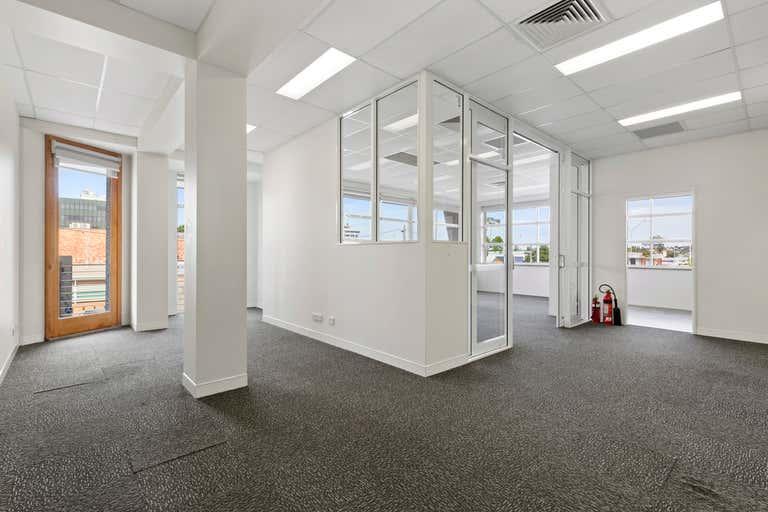 8 Archer Street Rockhampton City QLD 4700 - Image 2
