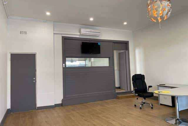 743 Centre Road Bentleigh East VIC 3165 - Image 2