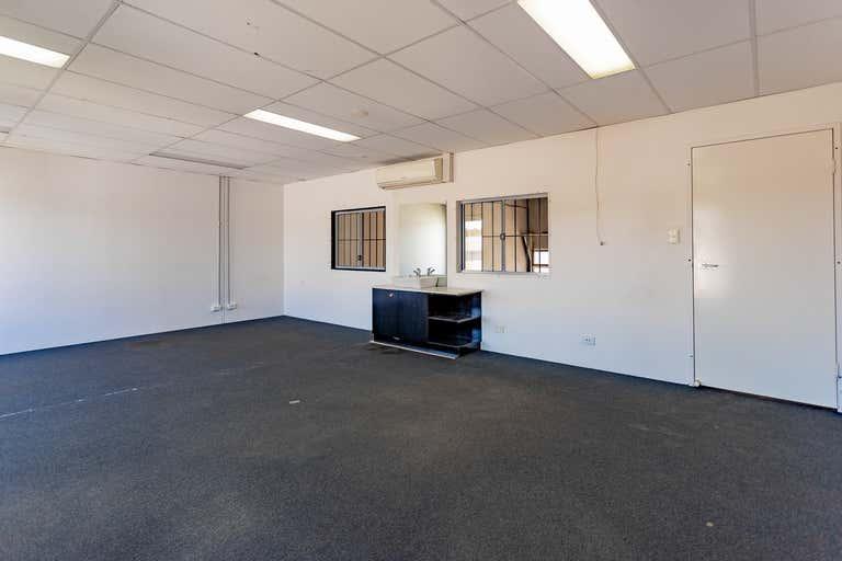 121/7 Hoyle Avenue Castle Hill NSW 2154 - Image 4