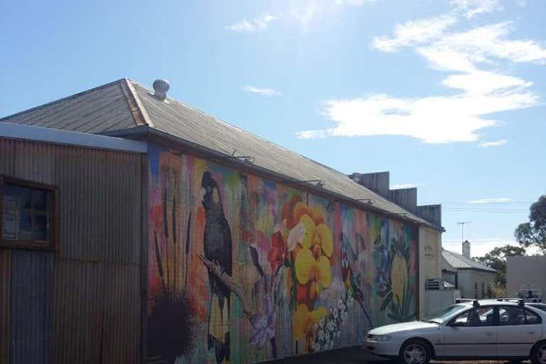 Balmoral Community Store, 12 Glendinning Street Balmoral VIC 3407 - Image 2