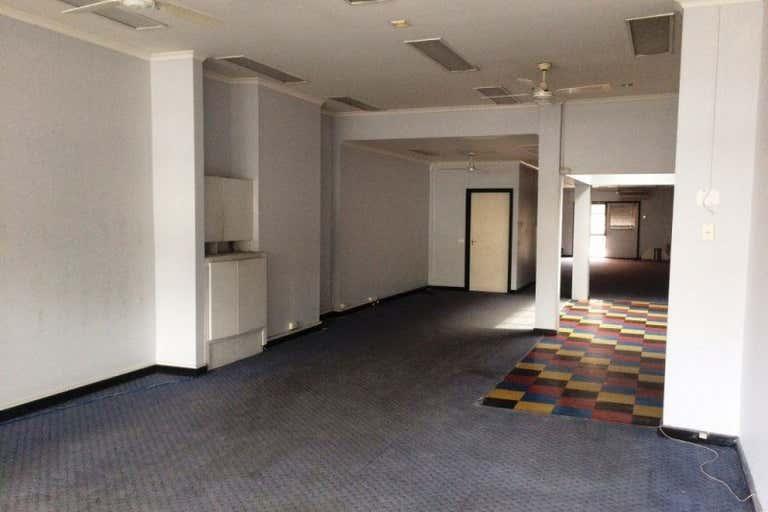 319 Bay Street Port Melbourne VIC 3207 - Image 2