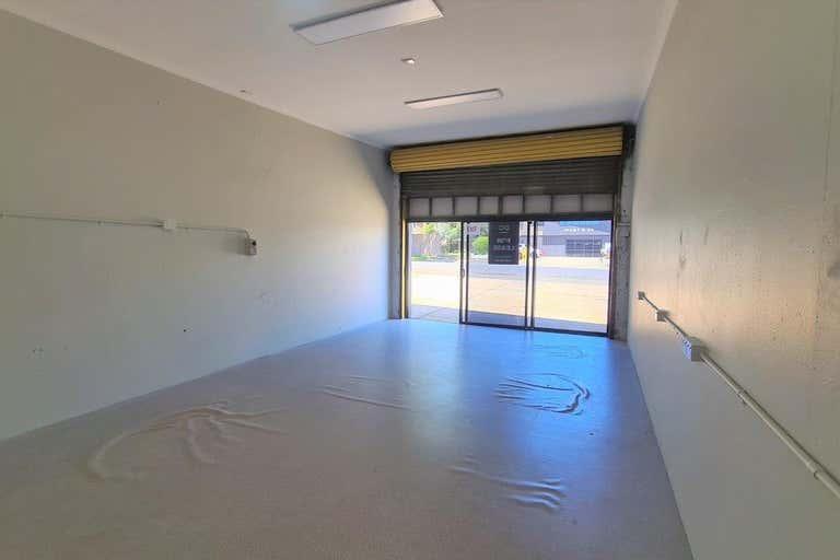 2/94a Mort Street Toowoomba City QLD 4350 - Image 3
