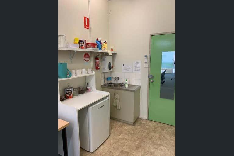 3/529 Kiewa Street Albury NSW 2640 - Image 3