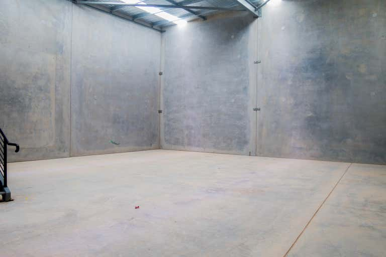 4 - LEASED, 4 Money Close Rouse Hill NSW 2155 - Image 2