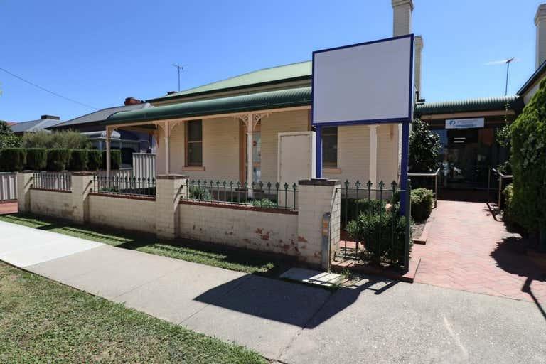 554 Stanley Street Albury NSW 2640 - Image 2