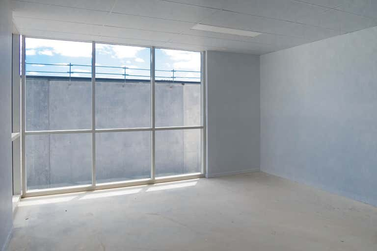 4 - LEASED, 4 Money Close Rouse Hill NSW 2155 - Image 4