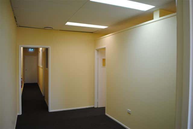 4B/21 Mayes Avenue Logan Central QLD 4114 - Image 4