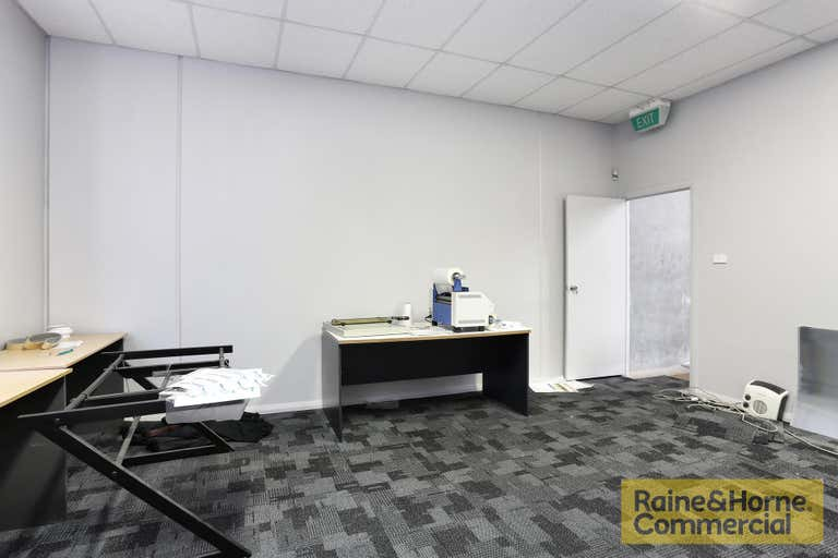 3/252-256 Hume Highway Lansvale NSW 2166 - Image 4