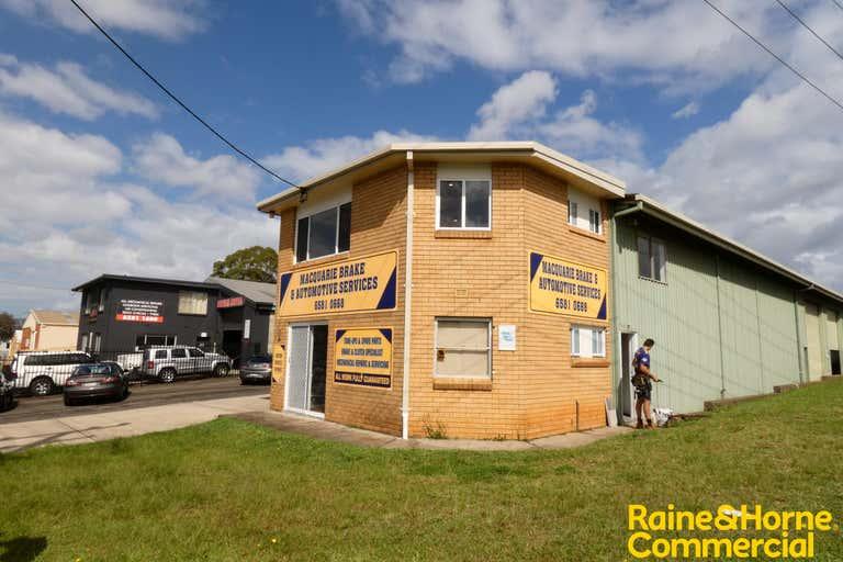 Unit 1, 1 Blackbutt Road Port Macquarie NSW 2444 - Image 2