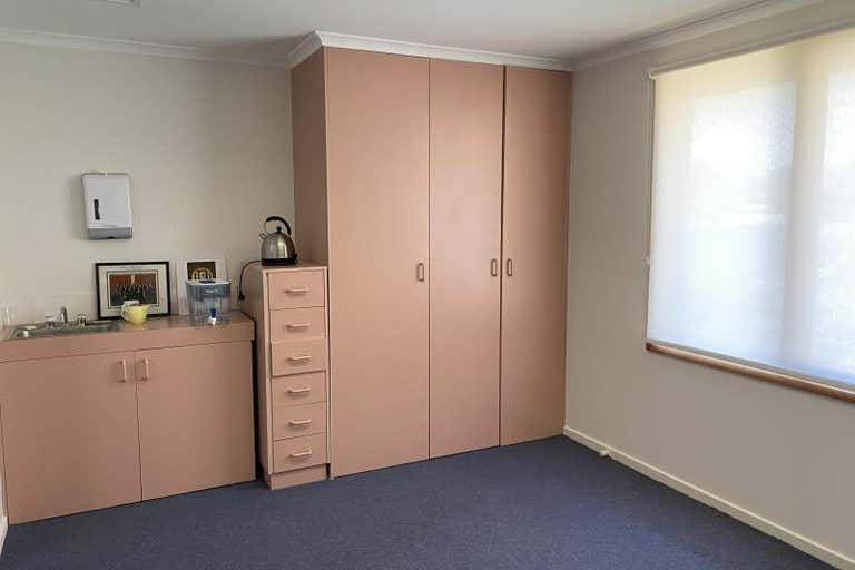 Suite  13, 256 Anson Street Orange NSW 2800 - Image 2