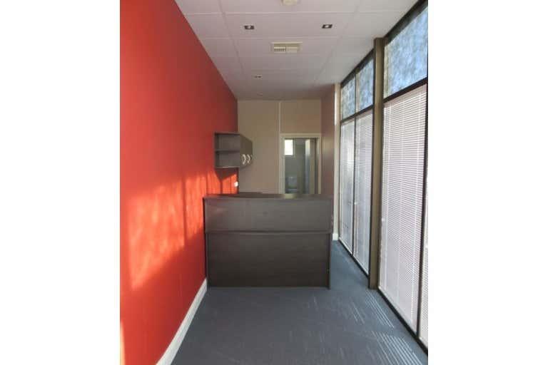 10 Holt Place Holt ACT 2615 - Image 2