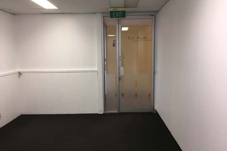 2/75 Hardgrave Road West End QLD 4101 - Image 4