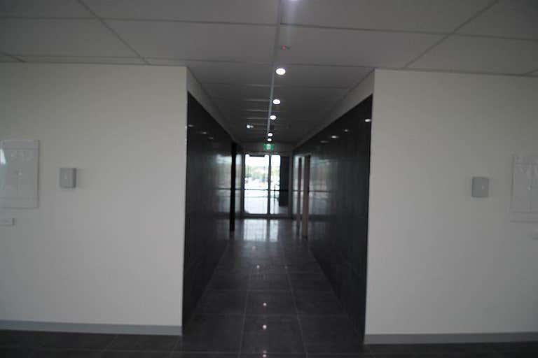 Suite  4, 49 Beach Street - Office Frankston VIC 3199 - Image 4
