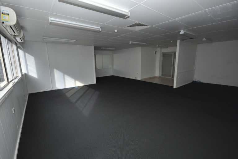 Parkrise, Suite 18, 3 Alison Street Surfers Paradise QLD 4217 - Image 4