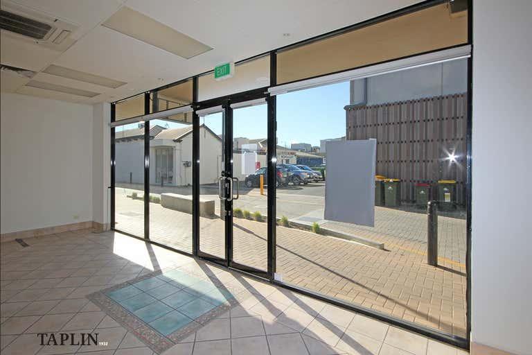 6/118 Jetty Road Glenelg SA 5045 - Image 3