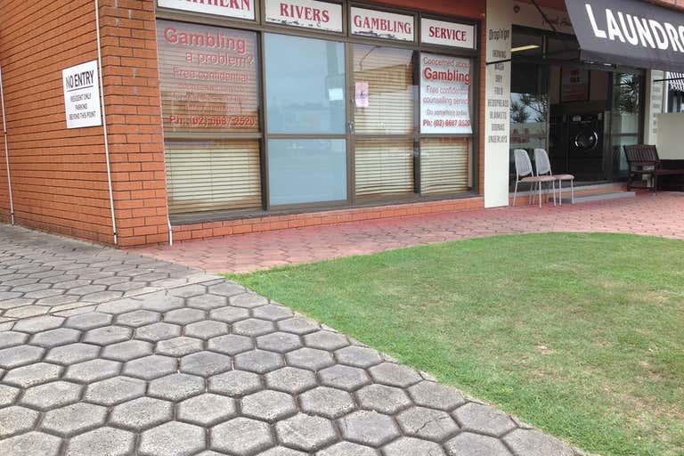 2/117 Wharf Street Tweed Heads NSW 2485 - Image 2