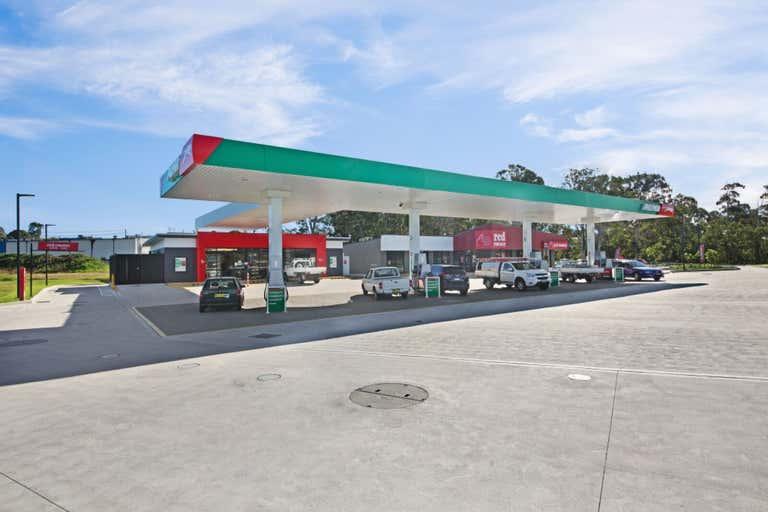 Puma Service Station Corner Weakleys Drive & Glenwood Drive Thornton NSW 2322 - Image 4
