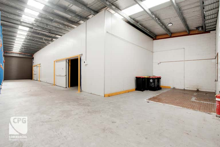 1 & 2/13 Garema Circuit Kingsgrove NSW 2208 - Image 4