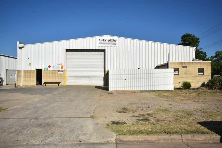 881 Ramsden Drive North Albury NSW 2640 - Image 1