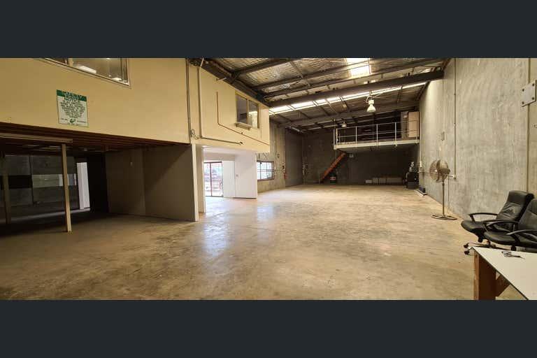 2/30 Enterprise Street Kunda Park QLD 4556 - Image 2