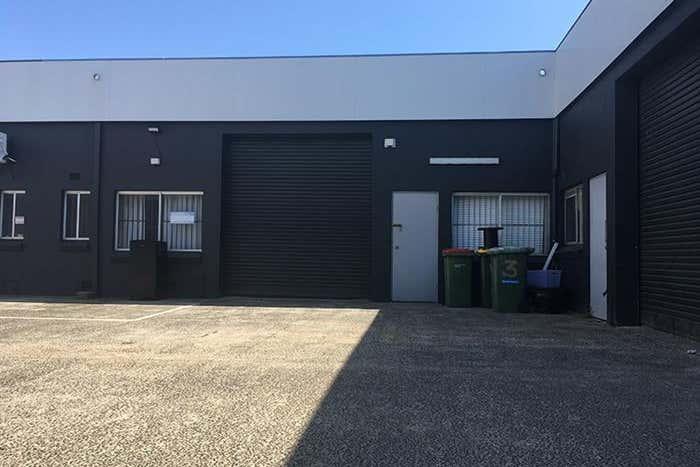 2/5 Commerce Avenue Warana QLD 4575 - Image 4