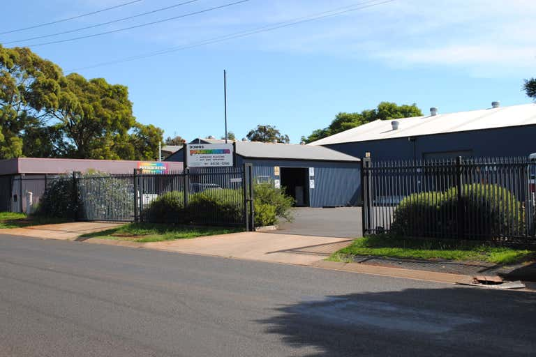 3-5 Yaldwyn Street Harristown QLD 4350 - Image 1