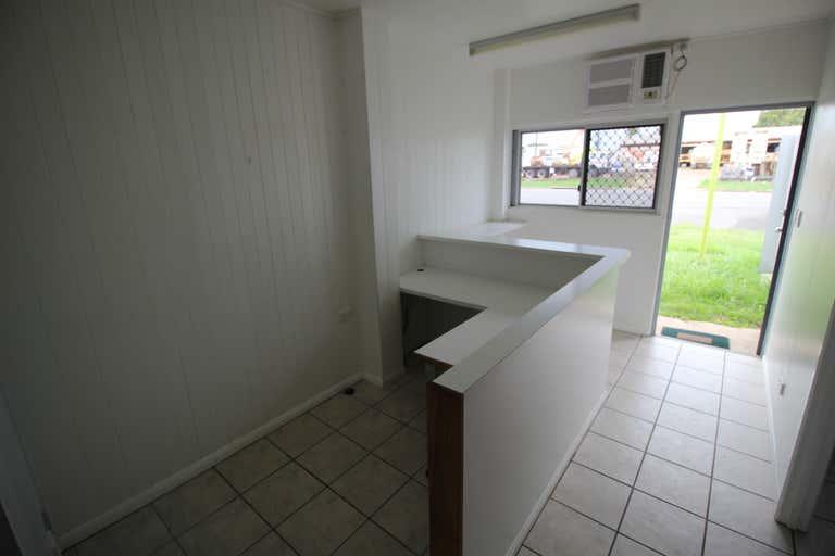 5/5 Toohey Street Portsmith QLD 4870 - Image 2