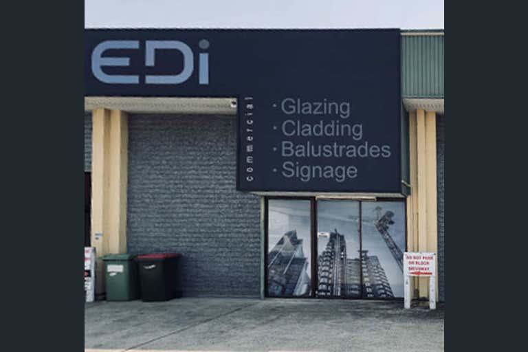2/60 Beach Street Kippa-Ring QLD 4021 - Image 1
