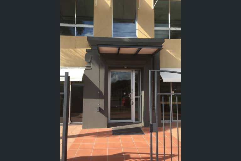 156 Scarborough Street, 4/26 Railway Street Southport QLD 4215 - Image 2