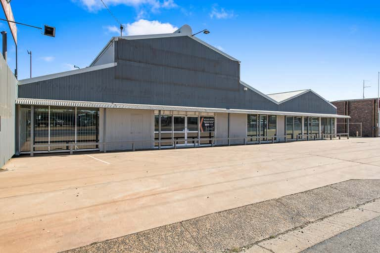 203 Anzac Avenue Harristown QLD 4350 - Image 1