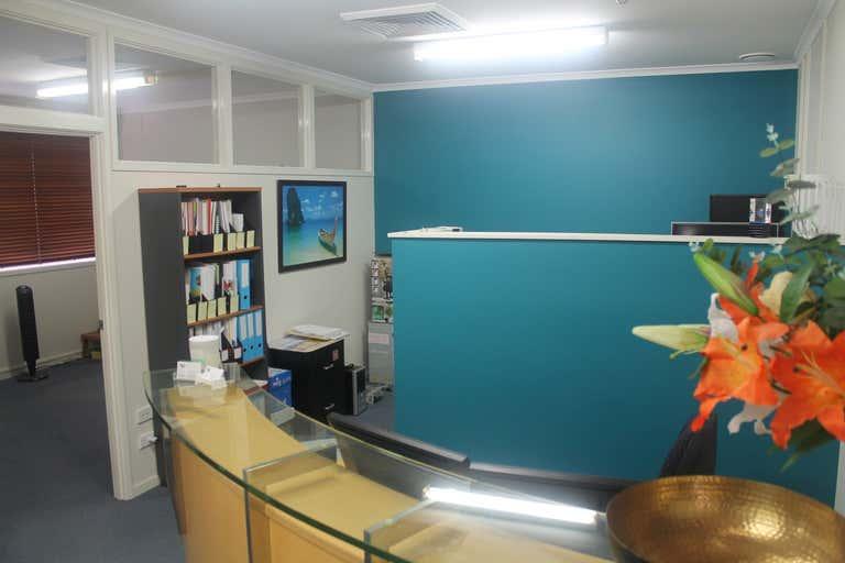 Suite 4/417 Golden Four Drive Tugun QLD 4224 - Image 2