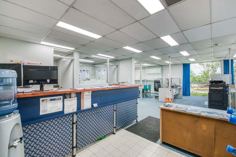 2/2 Machinery Street Darra QLD 4076 - Image 2
