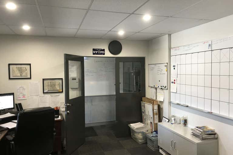 13/35 Hugo Place, 13/35 Hugo Place Mansfield QLD 4122 - Image 3