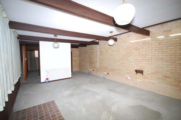 153 Centre Street Casino NSW 2470 - Image 2