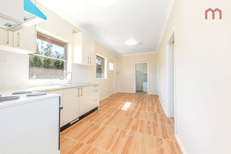 3/352 Guildford Road Guildford NSW 2161 - Image 2