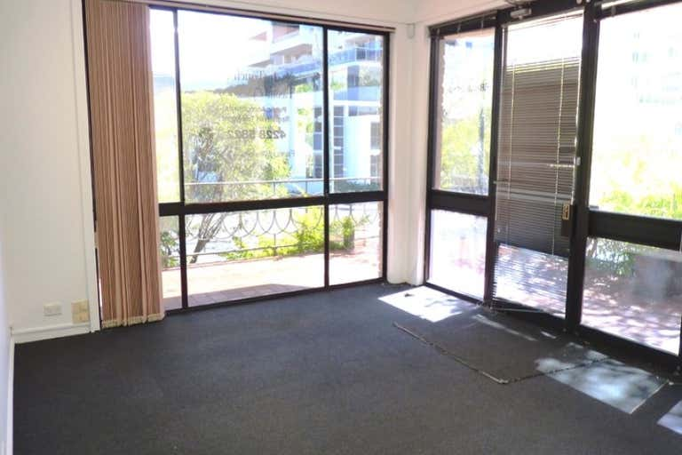 1/25 Victoria Street Wollongong NSW 2500 - Image 4