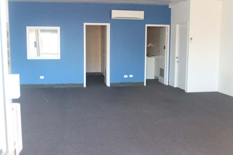 Suite 11 / 69 Wharf Street Tweed Heads NSW 2485 - Image 3