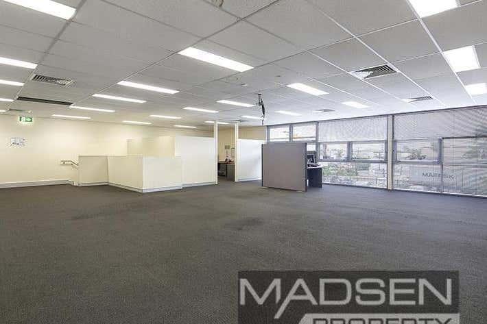 2/11 Woomera Place Archerfield QLD 4108 - Image 4