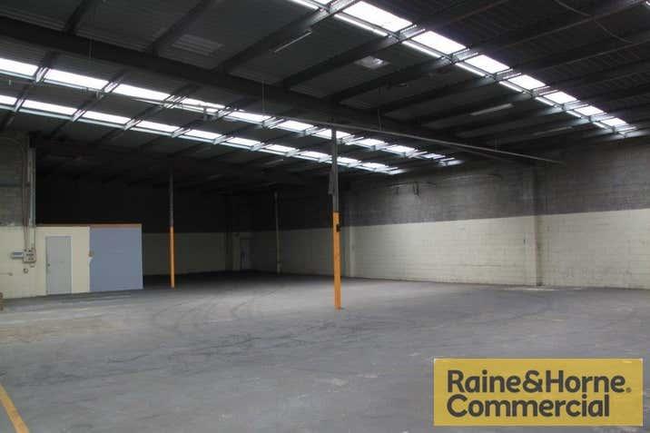 2/25 Parramatta Road Underwood QLD 4119 - Image 4